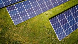 how much does a solar panel weigh